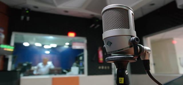 スマートスピーカーでラジオ再生